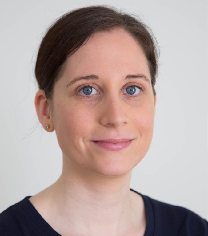 Portraitfoto von Valerie Jossen-Ressnig Therapeutin im Therapiezentrum Brig