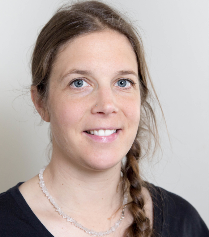 Portraitfoto von Sarah Weiter Therapeutin in im Therapiezentrum Brig